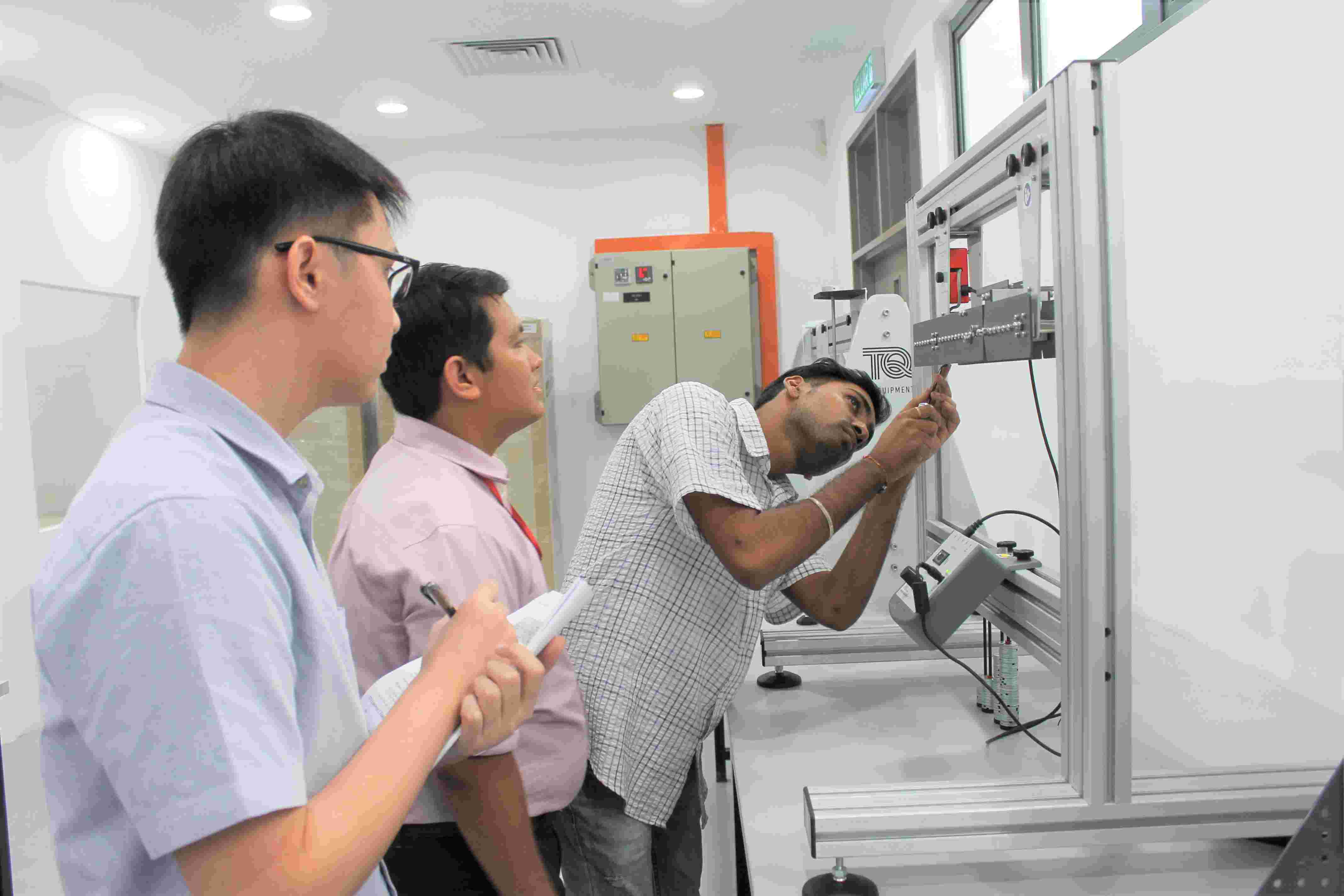 Diploma in Electronic Engineering